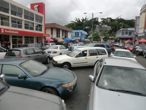 Die lebhafte Innenstadt von Castries, gleichzeitig die Hauptstadt von St. Lucia