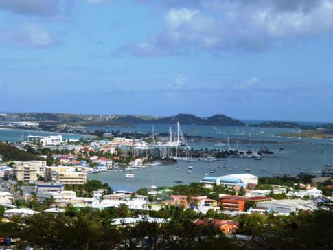 Ausblick auf das Simpson Bay Lagoon in St. Martin