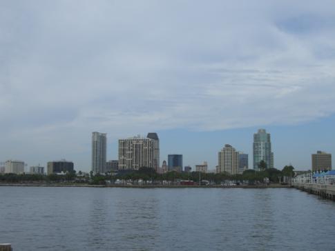 Blick auf die Skyline von Floridas St. Petersburg
