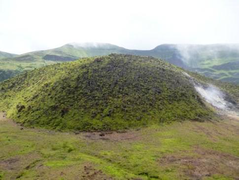Das Innere des Soufriere Vulkans