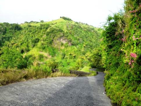 Straße nach Norden auf der Insel St. Vincent