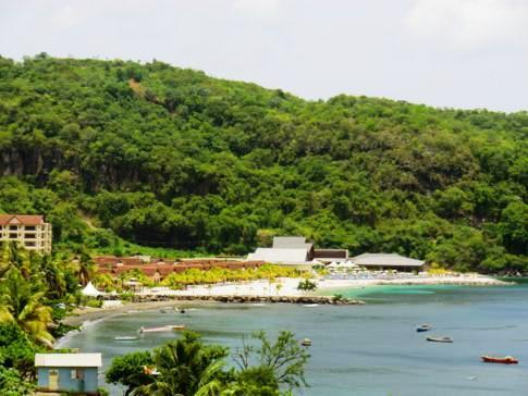 Blick auf die surrealistische Buccament Bay mit dem gleichnamigen Resort
