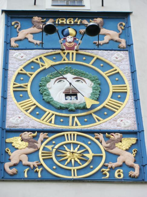 Die Glockenuhr im Schloss der Pommerschen Herzöge in Stettin