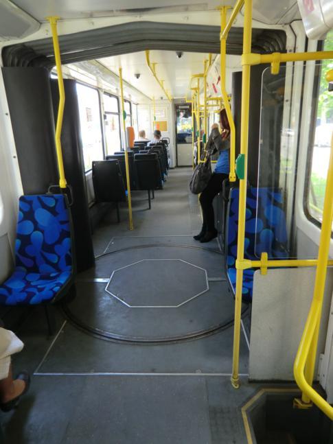 Eine neue Straßenbahn in Stettin von innen
