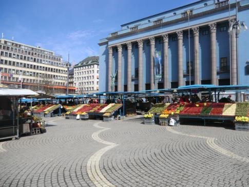 Das Konzerthaus von Stockholm, direkt neben dem Hötorgshallen