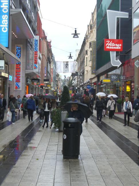 Die Drottninggatan, Einkaufsmeile im Herzen von Stockholm
