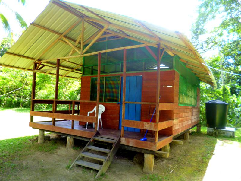 Mein Bungalow im Pingpe Jungle Resort am Suriname River