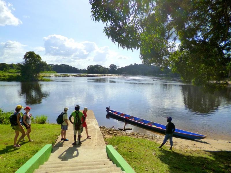 Tapawatra Falls in Suriname – nur noch 4 Grad bis zum Äquator