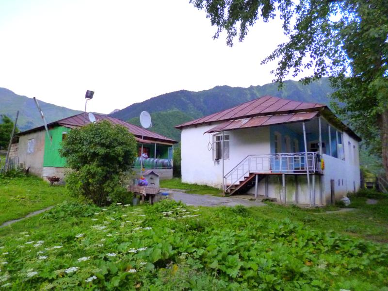 Sosos Guesthouse in Mazeri - unser Ausgangspunkt für die Wanderung