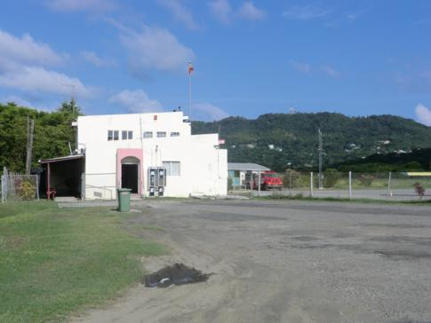 Das Flughafengebäude des Lauriston Airport in Carriacou