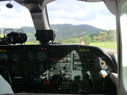 Blick aus dem Cockpit einer Maschine von SVG Air