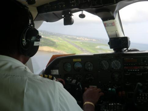 Anflug auf Grenada mit SVG Air