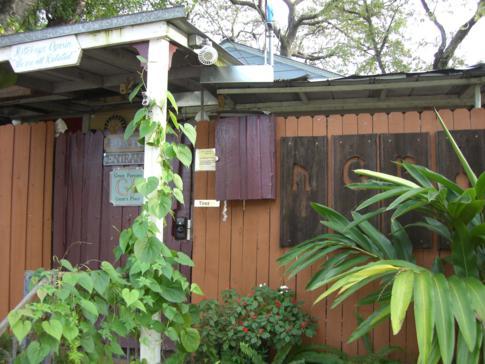 Grams Place in Tampa in der Außenansicht