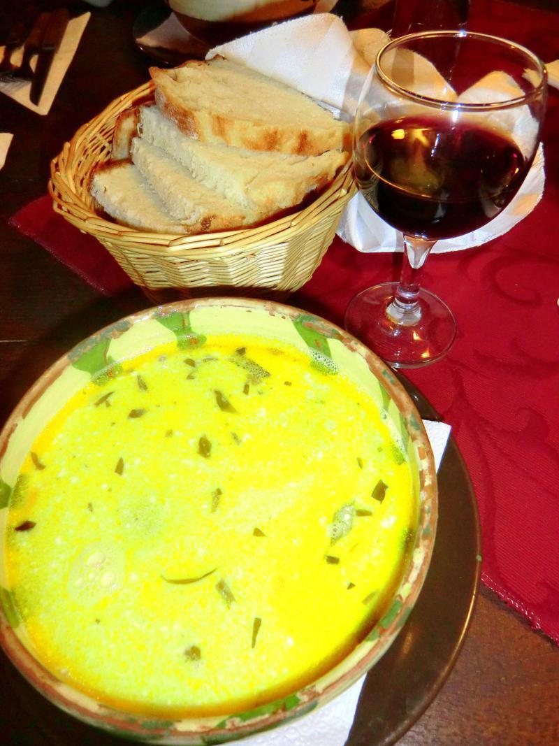 Leckere rumänische Küche in Targu Mures - deftig und cremig