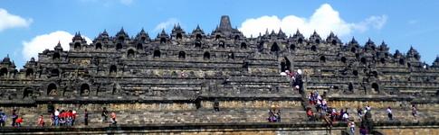Bericht und Reisetipps über Borobodur und Prambanan in der Nähe von Yogyakarta