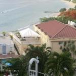 Das Flamboyant Hotel am Grand Anse Beach von Grenada