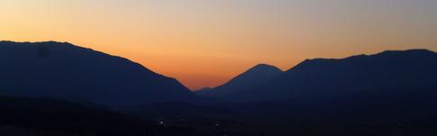 Bericht und Würdigung der kleinen Unesco-Stadt Gjirokastra in Albanien