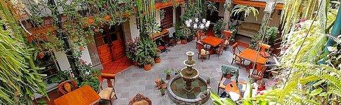Ausführliche Hotelbewertung und Video über das San Francisco de Quito Hotel in Ecuador