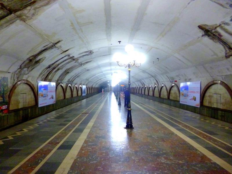 Die Metro von Tiflis - nicht schön, aber sicher