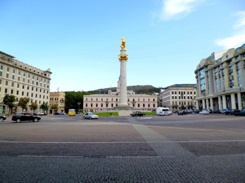 Zentraler Platz in Tiflis - der Freedom Square