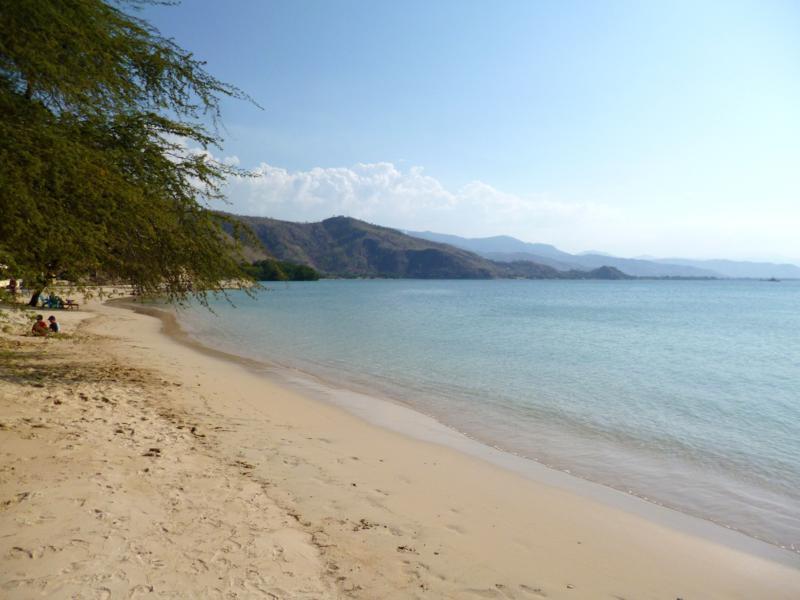 Der Strand Areia Brance in Dili in Osttimor