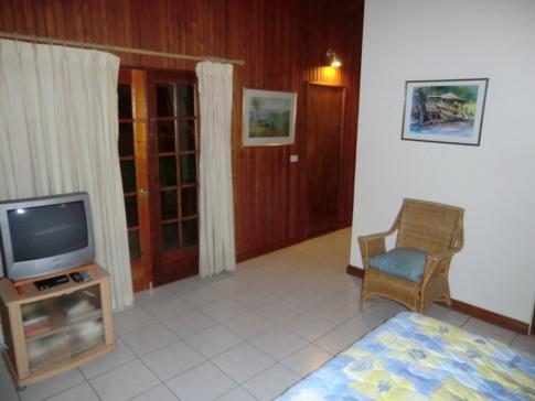 Ein Doppelzimmer des Seahorse Inn in Tobago