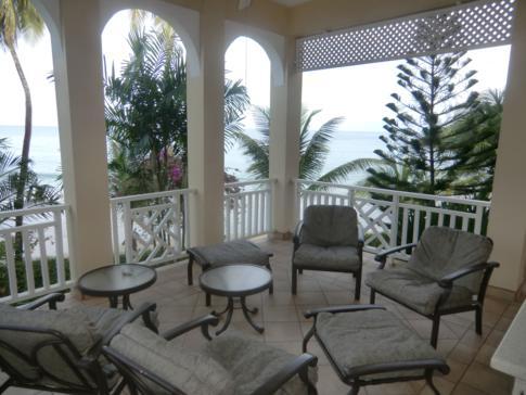 Der Balkon in der Flamboyant Suite, Black Rock Dream Apartments
