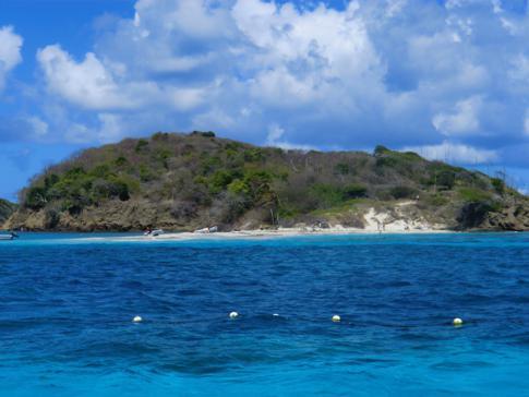 Baradal, eine der fünf Inseln der Tobago Cays