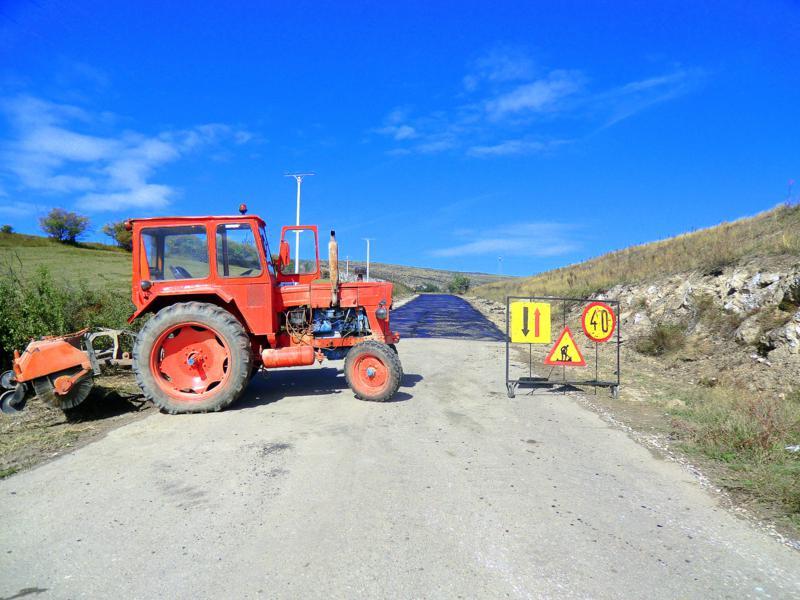 Bauarbeiten auf der einzigen Zufahrtsstraße zur Thorenburger Schlucht