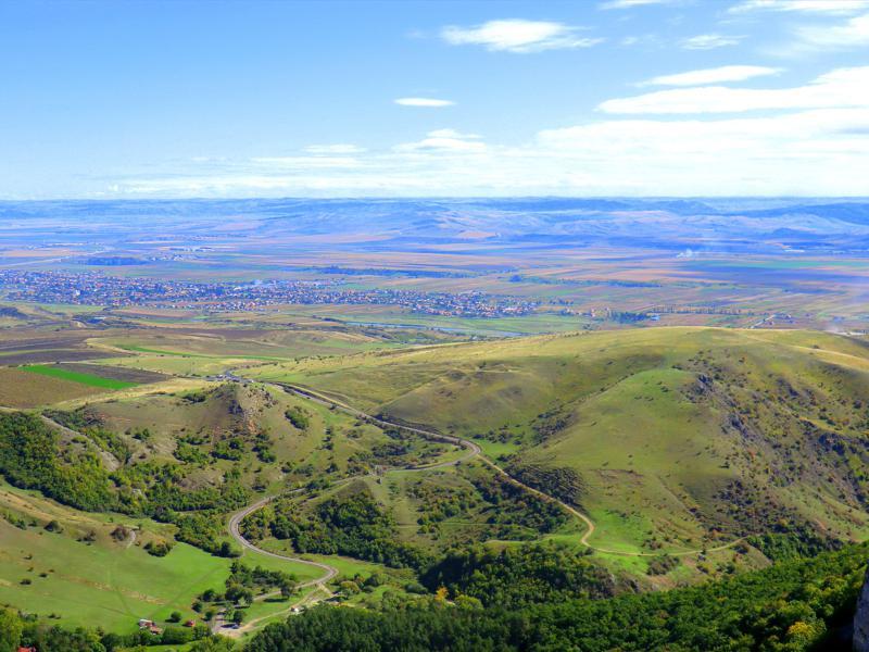 Tolle Ausblicke über das Gebiet von Cheile Turzii von den Gipfeln der Thorenburger Schlucht