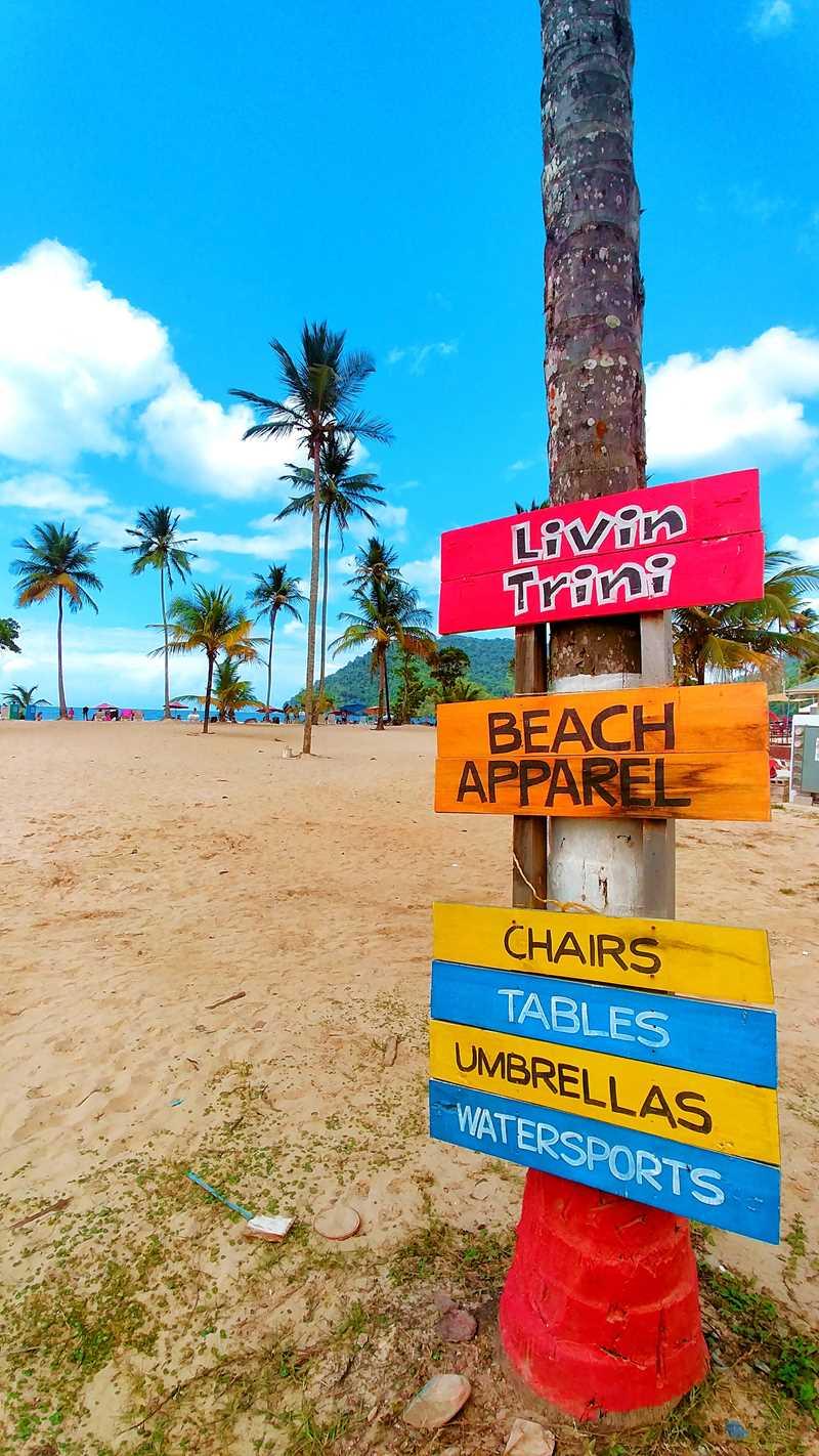 Die Maracas Bay, einer der beliebtesten Strände in Trinidad