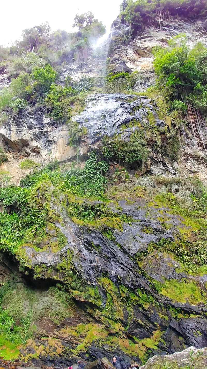 Der Maracas Bay Waterfall, der höchste Wasserfall auf Trinidad