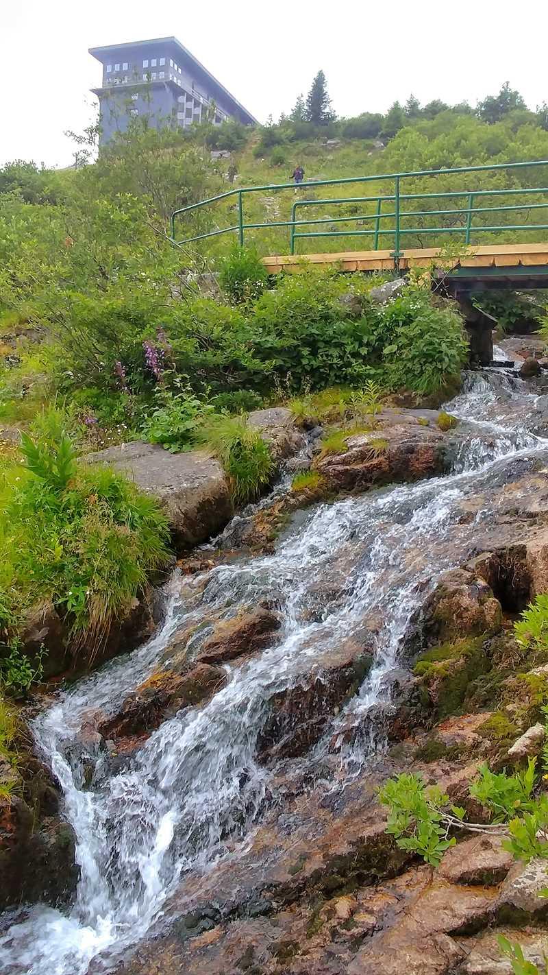 Der Elbfall im Riesengebirge, eine spannende Sehenswürdigkeit, die per Wanderung erreicht werden kann