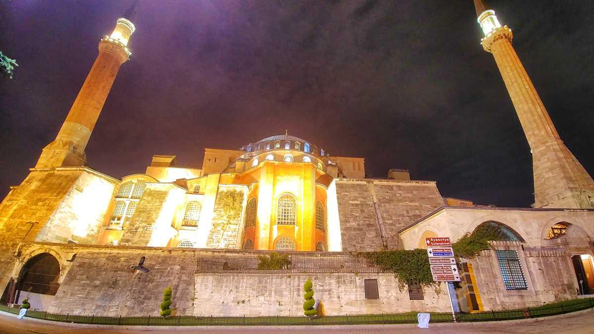 Die Hagia Sophia Moschee in der Altstadt von Istanbul