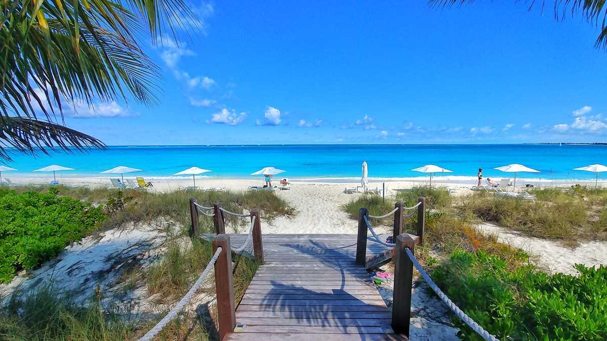 Die Grace Bay, der wohl bekannteste Strand auf den Turks- und Caicosinseln