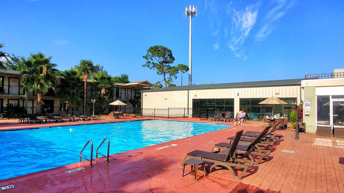 Ramada by Wyndham Houston Intercontinental Airport East at Houston Airport