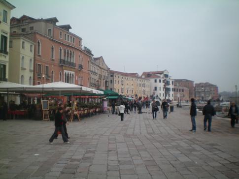 Die Riva degli Schiavoni, eine Promenada in Venedig