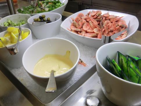 Vorspeisenbuffet auf der MS Mariella auf dem Weg von Stockholm nach Helsinki