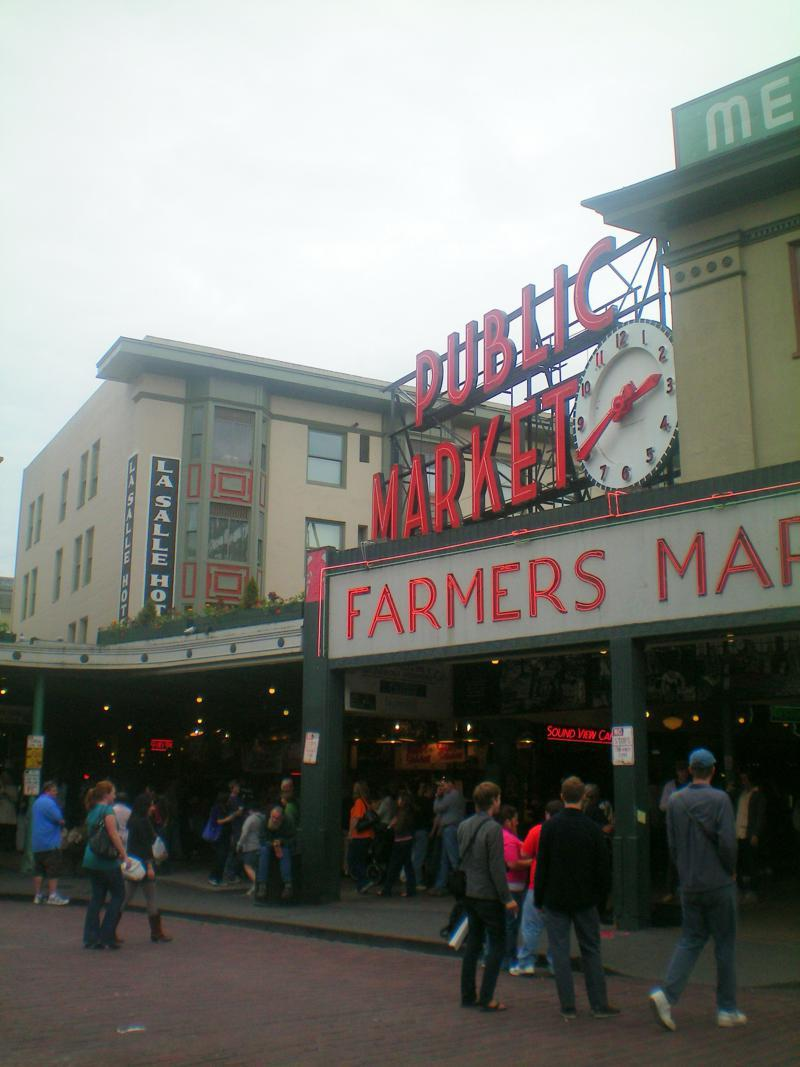 Der berühmte Pike Place Market in Seattle
