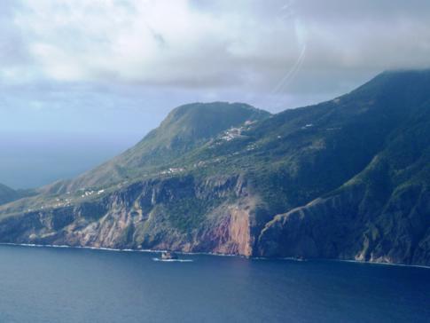 Anflug mit Winair auf Saba