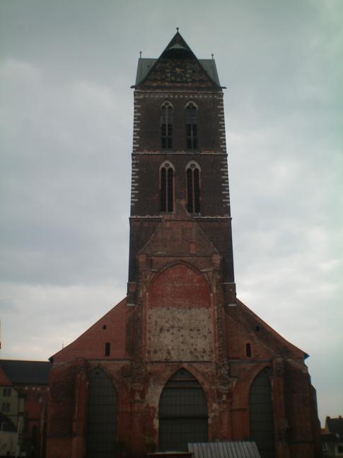 Die nur noch zu einem Teil bestehende Marienkirche von Wismar