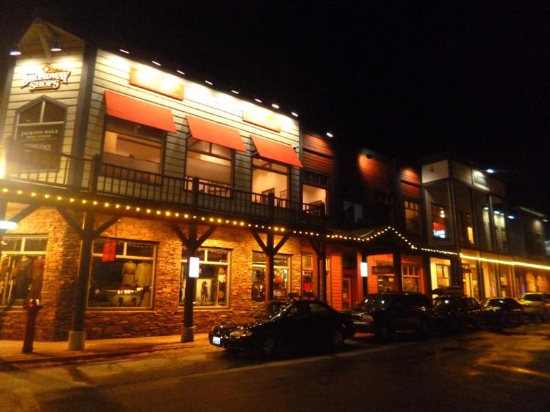 Die historische Altstadt von Jackson in Wyoming im Western-Stil